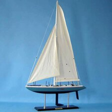 <strong>Handcrafted Model Ships</strong> Stars and Stripes Model Yacht