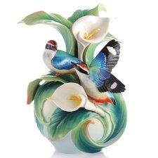 Happy Encounter Winged Pitta Vase