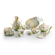 Swan Lake Swan Porcelain Collection
