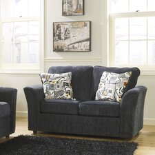 <strong>Signature Design by Ashley</strong> Oxford Loveseat