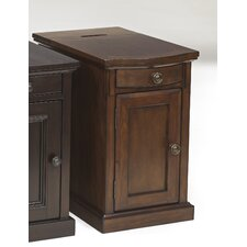 Groton Chairside Table