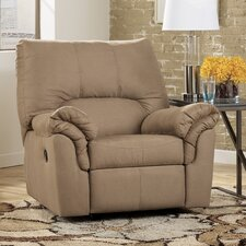 <strong>Signature Design by Ashley</strong> John Recliner