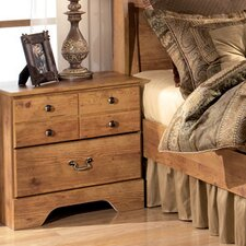 <strong>Signature Design by Ashley</strong> Atlee 3 Drawer Nightstand