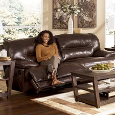 <strong>Signature Design by Ashley</strong> Venice Reclining Sofa
