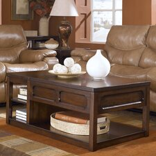<strong>Signature Design by Ashley</strong> Kennebunk Coffee Table Set