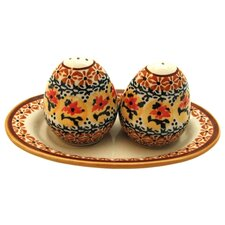 <strong>Euroquest Imports Polish Pottery</strong> Salt and Pepper Shaker Set- Pattern DU70