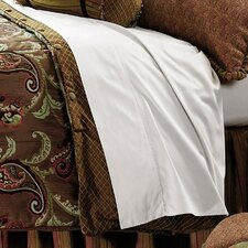 <strong>Eastern Accents</strong> Amelie Hand-Tacked Comforter