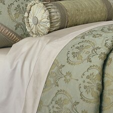 Winslet Button-Tufted Comforter