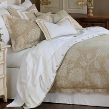 <strong>Eastern Accents</strong> Aileen Hand-Tacked Comforter