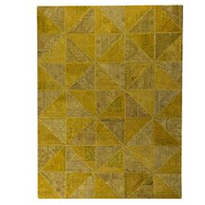 <strong>Hokku Designs</strong> Tile Viviana Light Gold Rug