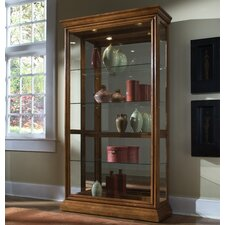 <strong>Pulaski Furniture</strong> Keepsakes Curio Cabinet