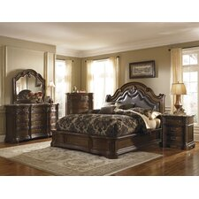 <strong>Pulaski Furniture</strong> Courtland Wingback Bedroom Collection