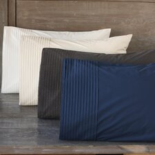 <strong>Coyuchi</strong> Pin Tuck Percale 300 Thread Count Pillowcase (Set of 2)