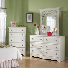<strong>Standard Furniture</strong> Chelsea 6 Drawer Standard Dresser