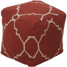 <strong>Surya</strong> Captivating Quatrefoil Pouf