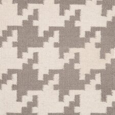 Frontier Elephant Gray/Winter White Area Rug