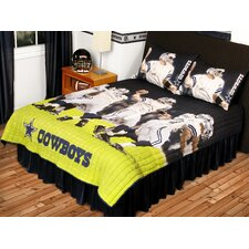 <strong>Sports Coverage Inc.</strong> NFL Play Action Cowboys 3 Piece Quilt Set