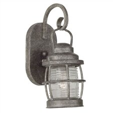 <strong>Kenroy Home</strong> Beacon Small Wall Lantern