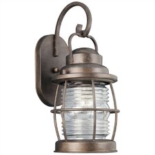 Beacon Medium Wall Lantern