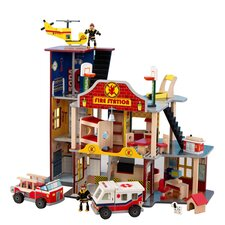 Firefighter 22 Piece Deluxe Fire Rescue Set