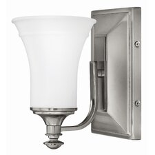 <strong>Hinkley Lighting</strong> Alice 1 Light Wall Sconce