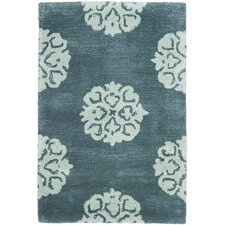 <strong>Safavieh</strong> Soho Slate Blue/Light Blue Rug