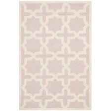 <strong>Safavieh</strong> Cambridge Light Pink Rug