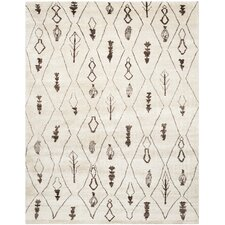 <strong>Safavieh</strong> Moroccan Beige / Brown Rug