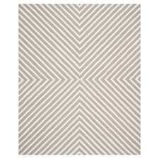Safavieh Cambridge Geometric Silver & Ivory Rug
