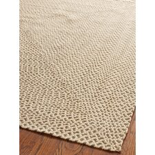<strong>Safavieh</strong> Braided Beige / Brown Rug