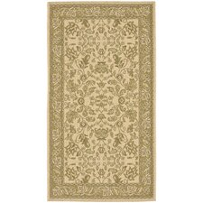 <strong>Safavieh</strong> Courtyard Cream/Green Persian Rug