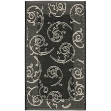 Courtyard Black/Sand Swirl Outdoor Rug