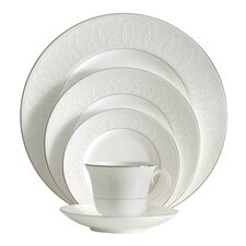 <strong>Waterford</strong> Ballet Icing Pearl Dinnerware Set