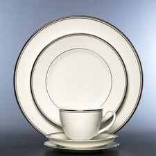 <strong>Waterford</strong> Kilbarry Dinnerware Set