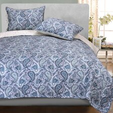 <strong>Simple Luxury</strong> Moroccan Paisley Quilt Set