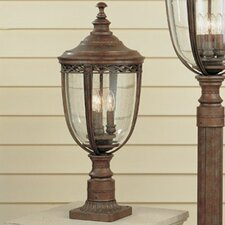 English Bridle 3 Light Post Lantern