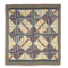 <strong>Patch Magic</strong> Wild Goose Log Cabin Quilt