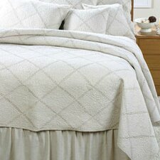 <strong>Amity Home</strong> Windsor Quilt