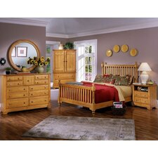 <strong>Vaughan-Bassett</strong> Cottage Slat Bedroom Collection