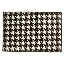 Quilted Circles Houndstooth White/Chocolate Area Rug