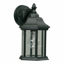 <strong>Quorum</strong> Lantern 1 Light Outdoor Wall Lantern