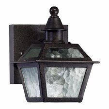 <strong>Quorum</strong> French Quarter 1 Light Outdoor Wall Lantern