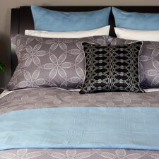 <strong>Plush Living</strong> London  3 Piece Duvet Set