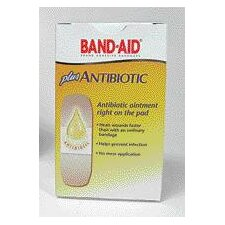 <strong>Johnson & Johnson</strong> BAND-AID® Plus Antibiotic Bandages (20 Per Box)