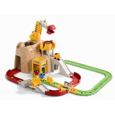 <strong>Little Tikes</strong> Big Adventures Construction Peak Rail and Road