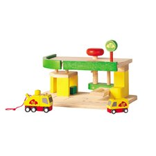 <strong>Plan Toys</strong> City Car Repair and Service Station