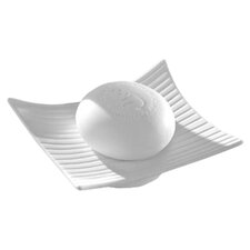 Madame Soap Dish in Matte White