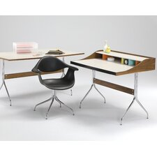 <strong>Herman Miller ®</strong> Nelson Standard Desk Office Suite