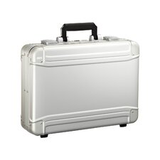 "<strong>Zero Halliburton</strong> Geo 17.5"" Attaché Case"
