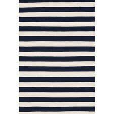 Indoor/Outdoor Trimaran Navy/Ivory Striped Outdoor Area Rug